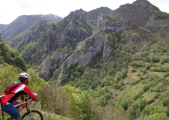 Rutas con guía en Asturias