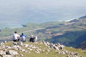Senderismo en la Sierra del Sueve. Trekking en el que ascenderemos al Pico Pienzu y recorreremos el hayedo de La Biescona.