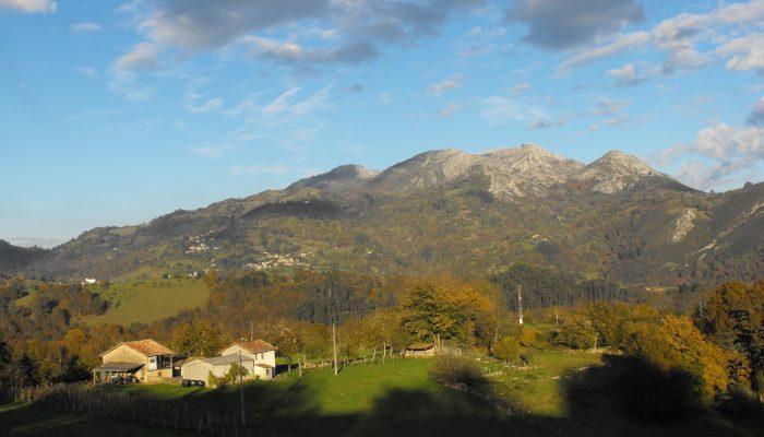 la vida en la aldea asturiana